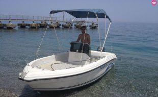 Escursioni in barca Isole Eolie Noleggio barche 10